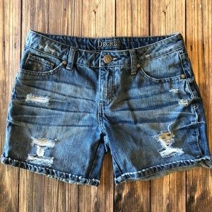 Decree Rolled Cuff Destroyed Denim Shorts Sz 3